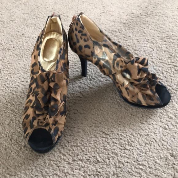 Avon Shoes | Leopard Print Open Toe